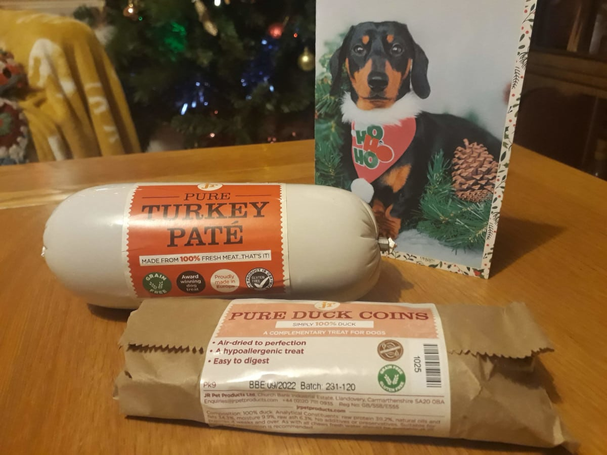 JR Pet Products turkey pate and duck coins review